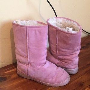 The Woolworks pink winter boots